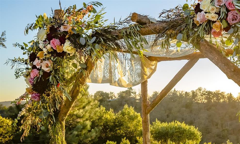 בוחרים מקום לחתונה