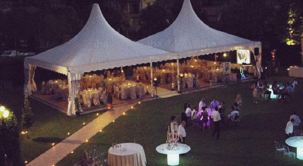 הפקת חתונה בחצר הבית או בוילה פרטית