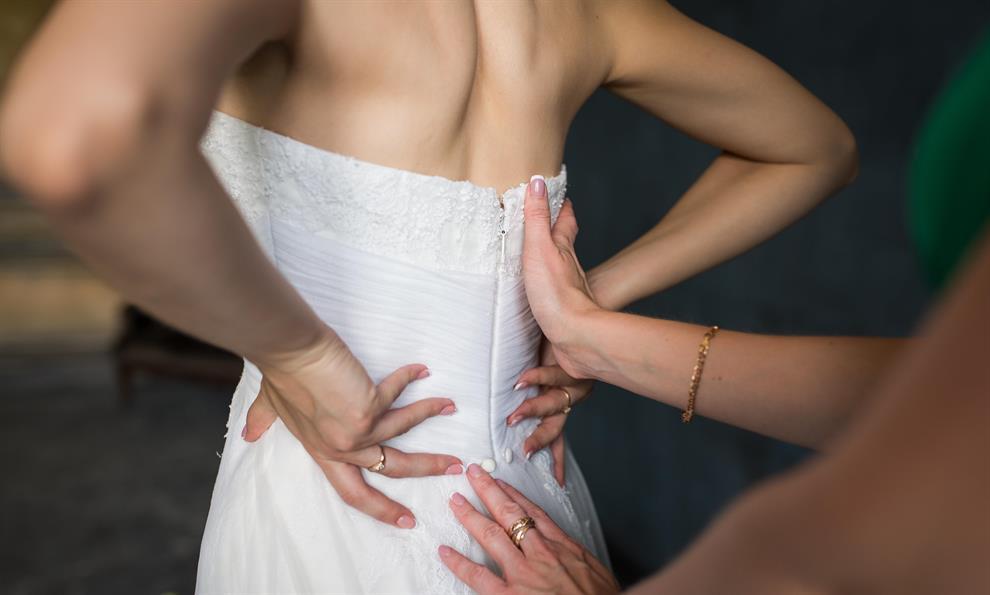 שמלות כלה מעוצבות לנשים מלאות
