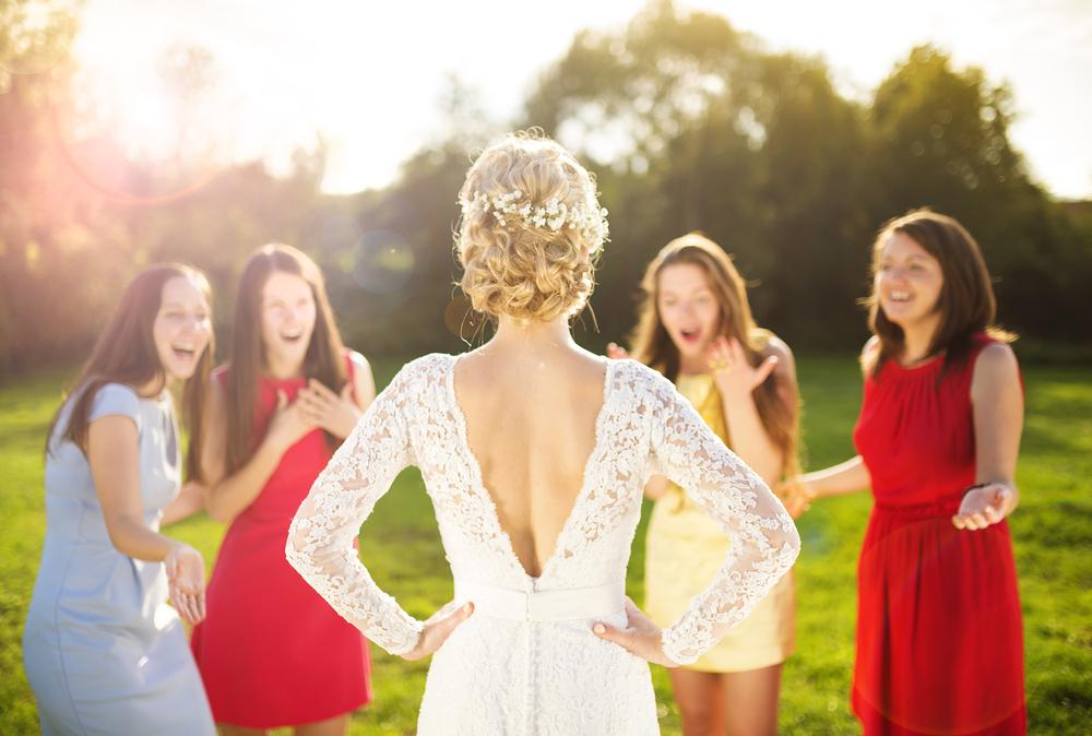 רסיטל שמלות כלה וערב