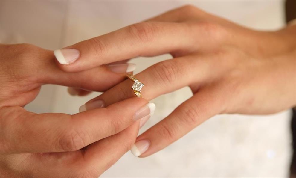 10 טיפים - איך לחסוך ברכישת טבעת אירוסין ונישואין