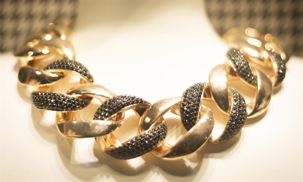תכשיטי זהב לחתונה